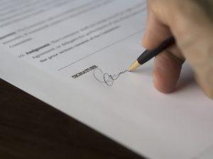 Metin Caglar, Esq. Contract Lawyer